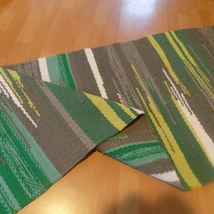 Zöldek és szürkék, Szőnyeg, Lakástextil, Otthon & Lakás, Szövés, Pamut és műszálból készült, mosógépben mosható.\nMérete:160x66 cm, Meska
