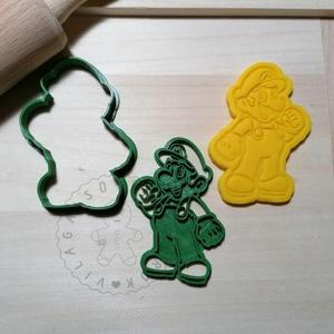 Super Mario - süteménykiszúró forma, sütipecsét. Linzer, mézeskalács, keksz kiszúró, Otthon & Lakás, Konyhafelszerelés, Sütikiszúró, Mindenmás, Mézeskalácssütés, Super Mario sütemény kiszúró forma és minta nyomó. \nSaját tervezésű süteménykiszúró forma, mely 3D n..., Meska