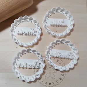 Egyedi, neves süteménykiszúró forma, sütipecsét. Linzer, mézeskalács, keksz kiszúró, Otthon & Lakás, Konyhafelszerelés, Sütikiszúró, Mindenmás, Mézeskalácssütés, Egyedi, neves forma sütemény kiszúró. \nSaját tervezésű süteménykiszúró forma, mely 3D nyomtatással k..., Meska