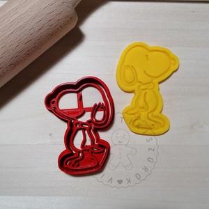 Snoopy - süteménykiszúró forma, sütipecsét. Linzer, mézeskalács, keksz kiszúró, Otthon & Lakás, Konyhafelszerelés, Sütikiszúró, Mindenmás, Mézeskalácssütés, Snoopy sütemény kiszúró forma és minta nyomó.  \nSaját tervezésű süteménykiszúró forma, mely 3D nyomt..., Meska