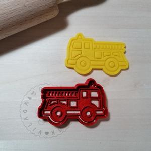 Tűzoltóautó - süteménykiszúró forma, sütipecsét. Sütikiszúró. Linzer, mézeskalács, keksz kiszúró, Otthon & Lakás, Konyhafelszerelés, Sütikiszúró, Mindenmás, Mézeskalácssütés, Tűzoltóautó forma sütemény kiszúró és minta nyomó. \nSaját tervezésű süteménykiszúró forma, mely 3D n..., Meska