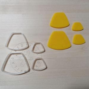Lekerekített trapéz alakú süthető gyurma kiszúrók - polymerclay, kiszúró, kellék, Otthon & Lakás, Konyhafelszerelés, Sütikiszúró, Mindenmás, Ékszerkészítés, Trapéz alakú süthető gyurma kiszúró formák. \nSaját tervezésű kiszúró forma, mely 3D nyomtatással kés..., Meska