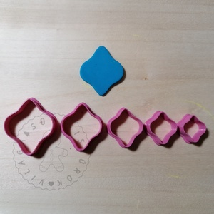 Marokkói plakett süthető gyurma kiszúrók (5db) - polymerclay, kiszúró, kellék, Otthon & Lakás, Konyhafelszerelés, Sütikiszúró, Mindenmás, Ékszerkészítés, Marokkói plakett süthető gyurma kiszúró formák. 5 db-os szett!\nSaját tervezésű kiszúró forma, mely 3..., Meska