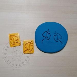 Arc vonalrajz 01 süthető gyurma PECSÉT (2 db) - polymerclay, kiszúró, pecsét, kellék, Otthon & Lakás, Konyhafelszerelés, Sütikiszúró, Mindenmás, Ékszerkészítés, Arc vonalrajz 01 süthető gyurma pecsét formák. 2 db-os tükrözött szett!\nSaját tervezésű kiszúró form..., Meska