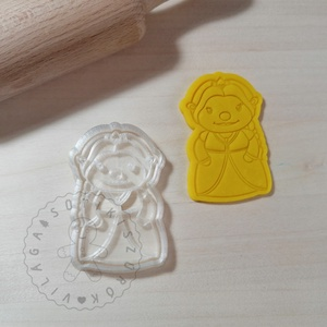 Fiona (Shrek) - süteménykiszúró forma, sütipecsét. Sütikiszúró. Linzer, mézeskalács, keksz kiszúró, Otthon & Lakás, Konyhafelszerelés, Sütikiszúró, Mindenmás, Mézeskalácssütés, Fiona forma sütemény kiszúró és minta nyomó.\nSaját tervezésű süteménykiszúró forma, mely 3D nyomtatá..., Meska