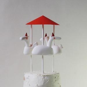 MERRY-GO-ROUND - cukorbábok a tortádra, Édesség, Élelmiszer, Festett tárgyak, Baba-és bábkészítés, A Sütök Neked Egy Mesét cukorbábjai egy ünnepről mesélnek. A Te napodról! Veled ünnepelnek a tortád ..., Meska