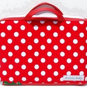 Laptop táska-RENDELHETŐ, Táska, Táska, Divat & Szépség, Laptoptáska, Varrás, Szívesen készítek az általad kiválasztott anyagból laptop táskát a lapopod méretére.\nA táska alaposa..., Meska