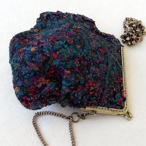 """Nemezelt kis táska  \""""Ékszer\"""", Táska, Táska, Divat & Szépség, Válltáska, oldaltáska, Nemezelés, Ez a különleges  kis  táska 100% merinó gyapjúból és hernyó selyem anyagból készült nuno felting tec..., Meska"""