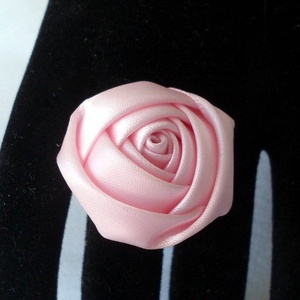 Rózsaszínű szatén gyűrű (Swari) - Meska.hu