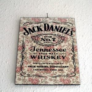 Jack\' Daniels plakett dekoráció, Otthon & lakás, Dekoráció, Lakberendezés, Falikép, Kép, Fotó, grafika, rajz, illusztráció, Jack\' Daniels  kasírozott plakett dekoráció!\n\nFalra ,otthon díszítésre alkalmas.\n\n\nmérete 25 cm x 20..., Meska