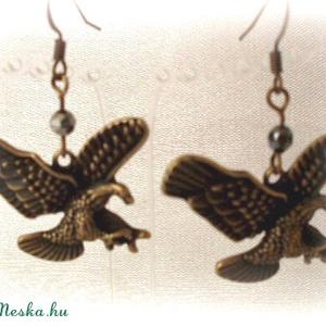 Sas madár fülbevaló, Ékszer, Fülbevaló, Medál, Karácsony, Ékszerkészítés, Antik réz sas madár fülbevaló.\n\n\n\nMéret:4,5 cm, Meska