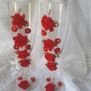 Esküvői koccintós poharak!, Esküvő, Esküvői dekoráció, Otthon & lakás, Dekoráció, Esküvői csokor, Kerámia, Esküvői koccintós poharak a nagy napra!Piros rózsák és gyönyörű strasszok díszítik .\nHozzávaló gyert..., Meska