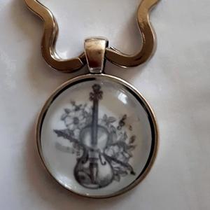 Zeneművészet hegedűs üveglencsés kulcstartó,táskadísz!Pedagógusnap,születésnap,Névnap,Anyáknapja,Karácsony, (Swari) - Meska.hu