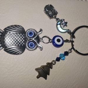Bagoly ,baglyos kulcstartó táskadísz , Táska & Tok, Kulcstartó & Táskadísz, Kulcstartó, Ékszerkészítés, Gyöngyfűzés, gyöngyhímzés, Bagoly ,baglyos kulcstartó táskadísz szív alakú orvosi fém kulcstartó alapra.\n\nezüst színű bagoly a ..., Meska