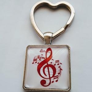 Zene kedvelőknek üveglencsés kulcstartó, Táska & Tok, Kulcstartó & Táskadísz, Kulcstartó, Ékszerkészítés, Zene kedvelőknek üveglencsés kulcstartó!Zongora,Kotta,Violinkulcs,Zenetanár,Zeneművészet,\n\n25x25mm ü..., Meska
