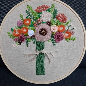 Virágcsokor nagy 3, Kép & Falikép, Dekoráció, Otthon & Lakás, Hímzés, Bökdöséssel, szurkálással, gyöngyözéssel, esetenként véráldozattal (ujjacskába szúrás) készült kör a..., Meska