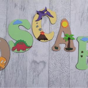 Dekorgumi gyerekszoba dekoráció nagyméretű név dinoszauruszok 5 betűs név, Gyerek & játék, Otthon & lakás, Dekoráció, Gyerekszoba, Baba falikép, Falmatrica, Mindenmás, Dekorgumi gyerekszoba dekoráció nagyméretű név dinoszauruszok 5 betűs név\n\nA betűk mérete: 20 cm mag..., Meska