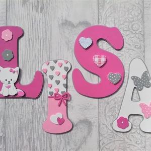 Dekorgumi gyerekszoba dekoráció nagyméretű betű cicás pink-fehér 4 betűs név, Gyerek & játék, Gyerekszoba, Baba falikép, Otthon & lakás, Dekoráció, Falmatrica, Mindenmás, Dekorgumi gyerekszoba dekoráció nagyméretű név cicás pink-fehér 4 betűs név\n\nA betűk mérete: 20 cm m..., Meska