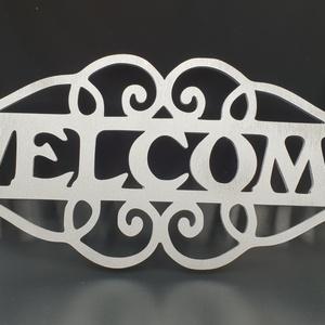 """""""Welcome"""" ezüst színre festett fa ajtódísz, Otthon & lakás, Dekoráció, Lakberendezés, Dísz, Ajtódísz, kopogtató, """"Welcome"""" nyír fa ajtódísz ezüst színre festve. Mérete 30x20 cm. Napi inspirációk hatására általam m..., Meska"""