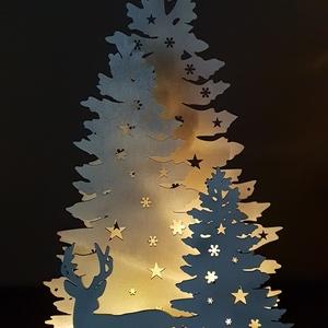 Havas fenyő erdő karàcsonyi dekoráció, Otthon & lakás, Dekoráció, Ünnepi dekoráció, Karácsonyi, adventi apróságok, Karácsonyi dekoráció, Famegmunkálás, Festett tárgyak, Nyír rètegelt lemezből kivágott, àltalam rajzolt és tervezett fehèr és ezüst színekre festett karàc..., Meska