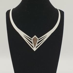 Vesper egyedi tervezésű bőr nyaklánc, Statement nyaklánc, Nyaklánc, Ékszer, Ékszerkészítés, Bőrművesség, Vesper valódi olasz marhabőrből kivágott egyedi tervezésű nyaklánc, 170x220 mm, állítható hosszúságú..., Meska