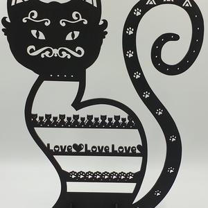 Fekete macska ékszertartó , Ékszertartó állvány, Ékszertartó, Ékszer, Famegmunkálás, Festett tárgyak, Fekete macska ékszertartó fekete színre festve.\nMérete: 25x35 cm.\nNapi inspirációk hatására általam ..., Meska