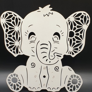 Elefánt formájú gyermek fali óra, Dekoráció, Otthon & lakás, Lakberendezés, Falióra, óra, Dísz, Gravírozás, pirográfia, Famegmunkálás, Elefánt formájú fából kivágott fali óra fehér színre festve. \nNapi inspirációk hatására általam megr..., Meska