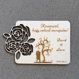 Esküvői hűtőmágnes Köszönetajándék esküvőre , Dekoráció, Otthon & lakás, Dísz, Esküvő, Meghívó, ültetőkártya, köszönőajándék, Gravírozás, pirográfia, Famegmunkálás, Köszönetajándék, emlék esküvőre a kedves vendégeknek. \nGravírozott nyír fa lap mágnessel a hátulján...., Meska