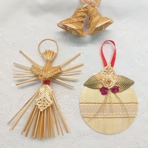 Karácsonyfadíszek , Karácsony & Mikulás, Karácsonyfadísz, Fonás (csuhé, gyékény, stb.), A 3 darabból álló karácsonyfadísz szép látványa lehet a fenyőfádnak, de ajándékba is szívesen ajánlo..., Meska