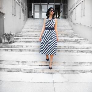 csíkos ruha, Ruha, Női ruha, Ruha & Divat, Varrás, 100% pamutvászonból készült fekete- fehér két zsebbe rendelkező galléros ruha., Meska