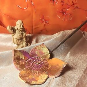 lótuszvirágos füstölőtartó Meditációhoz, Otthon & lakás, Dekoráció, Lakberendezés, Gyertya, mécses, gyertyatartó, Stilizált Lótuszvirág formájú füstölőtartó Meditácíóhpz, jógához, relaxációhoz.  Egyedi és különlege..., Meska