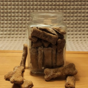Baconös kutyakeksz, Élelmiszer, Rágcsa & Chips, Élelmiszer előállítás, Saját recept alapján, kifejezetten kutyák számára készült keksz.\nTökéletes jutalomfalat a kedvencedn..., Meska
