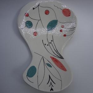 Madaras fehér gyümölcsös tál, Otthon & Lakás, Lakberendezés, A tálon stilizált madarak jelennek meg. Formája a megszokottól eltérő, legnagyobb szélessége 21 cm, ..., Meska