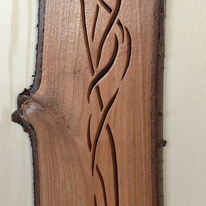 Falikép 11, Művészet, Más művészeti ág, Famegmunkálás, Áttört technika alkalmazásával, kézzel készült fali dekor, fa falikép. Anyaga meggyfa, lakkozott fel..., Meska
