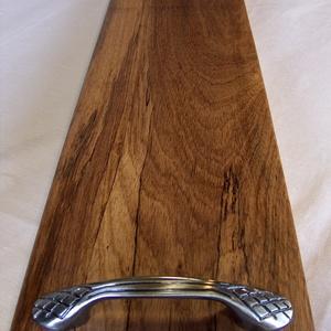 Kínáló 2, Tálca, Konyhafelszerelés, Otthon & Lakás, Famegmunkálás, Dibetou fából (afrikai dió) készült tálca, kínáló.\nMérete: 60 x 15 x 2.5 cm. Természetes, nehéz vias..., Meska
