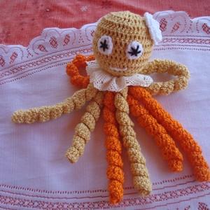 """Horgolt polip \""""Gréti\"""", Gyerek & játék, Játék, Baba játék, Horgolás, \nNarancs-világoszsemle  színű pamut fonalból készítettem el ezt a szeretni való kis polipot.\nNyolc d..., Meska"""