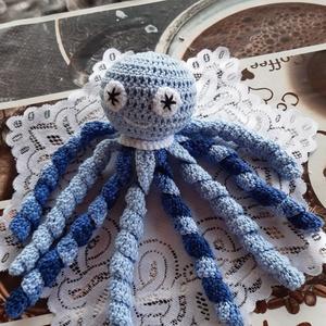 """Horgolt polip \""""Tabi\"""", Játék & Gyerek, 3 éves kor alattiaknak, Alvóka & Rongyi, Horgolás, Világoskék- kék színátmenetes pamut fonalból készítettem el ezt a szeretni való kis polipot. Nyolc d..., Meska"""