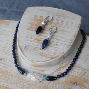 Biwa gyöngy-lápisz lazuli szett, Ékszerszett, Ékszer, Ékszerkészítés, Elegáns nyaklánc-fülbevaló szett. Szabálytalan biwa gyöngyöt állítottam a középpontba, majd egy kis ..., Meska