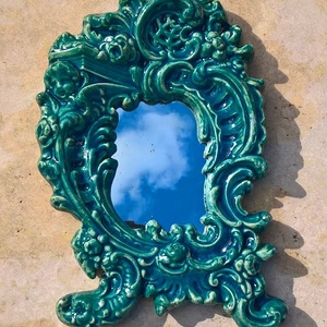 barokk tükör, Bútor, Otthon & lakás, Dekoráció, Lakberendezés, Képkeret, tükör, Kerámia, Mázas kerámia, jelzetlen antikvitás rekonstrukciója. Mérete 19 x 39 cm. Súlya kb. 1,5 kg. Tükör van ..., Meska
