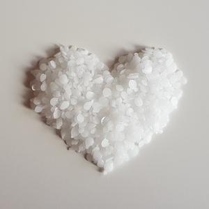 Paraffin gyertyaöntéshez (1 kg) (Szerelmesgyertya) - Meska.hu