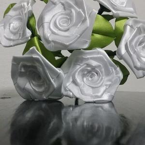 7 szálas fehér rózsa csokor (Szevimamarozsakertje) - Meska.hu