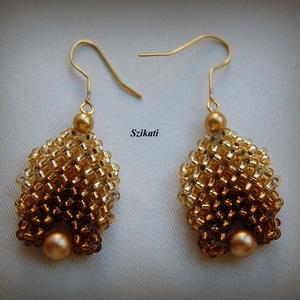 Elegáns arany gyöngyfűzött fülbevaló (szikati) - Meska.hu