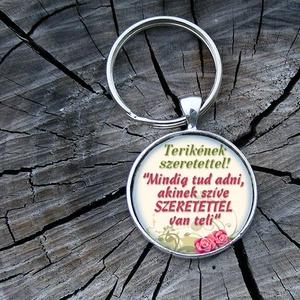 Egyedi- saját fotóval- üveglencsés fém kulcstartó (Szilvadekor) - Meska.hu