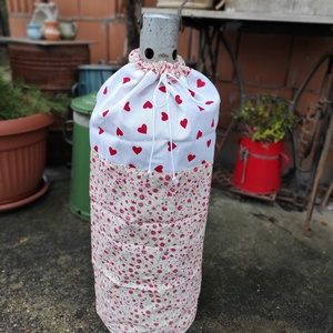 Gázpalack ruha piros szivecskés, Otthon & Lakás, Lakástextil, Legyen stílusa a gázpalackodnak is! Főleg, ha látható helyen van! Sokszor nagyon koszosak és csúnyák..., Meska