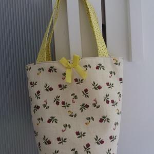 Virágos, pöttyös tojásgyüjtő táska (szilvakert) - Meska.hu