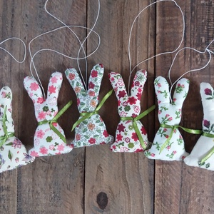 Húsvéti nyuszis függődísz, Otthon & Lakás, Dekoráció, Varrás, Lassan itt a Húsvét és ismét lehet dekorálni a lakást.\nEzek a pamutvászon nyuszik függődíszek, így l..., Meska