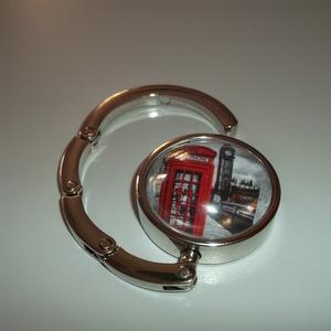 London piros telefon fülkés táska akasztó!, Táskaakasztó, Kulcstartó & Táskadísz, Táska & Tok, Ékszerkészítés, Üvegművészet, London piros telefon fülkés táska akasztó!\n\nÜveglencsés táskatartó London-os képpel.\n\n3-4. képen lát..., Meska