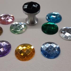 Design fogantyú gomb! Sakktábla, Otthon & Lakás, Bútor, Bútorfogantyú, Fémmegmunkálás, Bútor fogantyú egyedi design. Saját tervezésű alumínium fogantyú alapra van ragasztva egy akrill 3Ds..., Meska