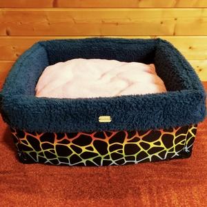 Új, minőségi, lehúzható és mosható kutyafekhely, kutyaágy, Otthon & lakás, Lakberendezés, Állatfelszerelések, Kutyafelszerelés, Varrás, -Mérete: 45 X 45 cm ; perem magassága 18 cm ; perem vastagsága 3cm\n-Cipzáron keresztül eltávolítható..., Meska