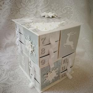 Kék és ezüst ünnep, Karácsonyi dekoráció, Karácsony & Mikulás, Otthon & Lakás, Papírművészet, Rendeld meg időben, hogy meg is tudd tölteni a dobozkát és el is tudd juttatni a megajándékozottnak...., Meska